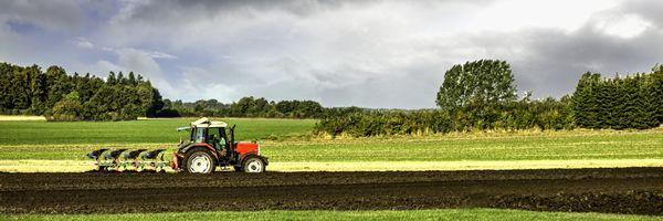 スマート農業技術の例 ③自動運転農機