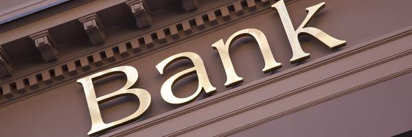 金融機関としての対応