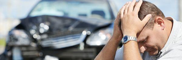 自動車事故の損害賠償責任と自動車保険