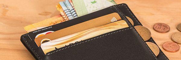 銀行カードローンの増加