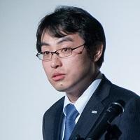 山田泰宏氏