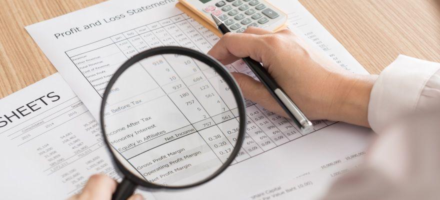 生命保険会社の業績と収支構造の分析