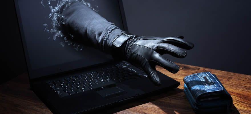 情報漏えい事案に備えた情報管理措置と法的責任