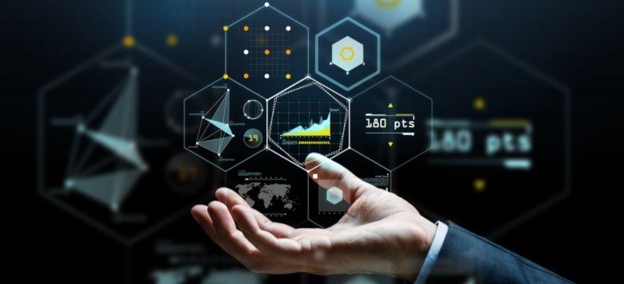 AI・アナリティクスを活用したデータ駆動型バンキングサービス