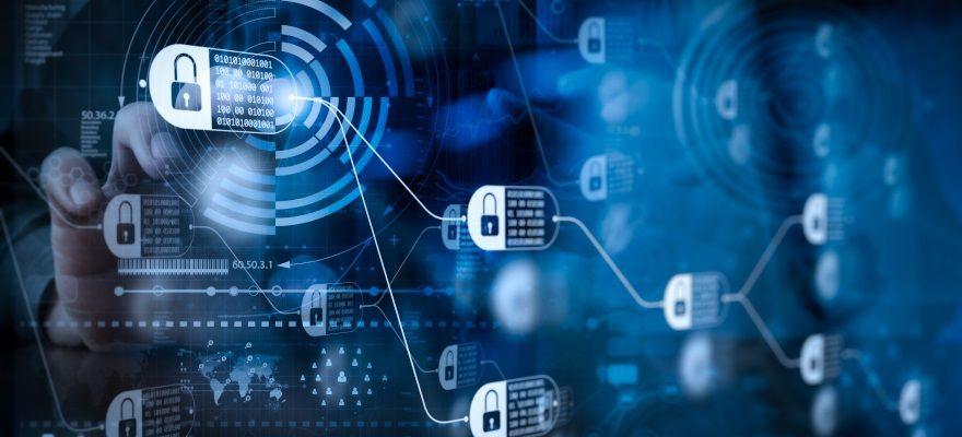 顧客情報の「保護」と「活用」の両立 ~データから価値を引き出す